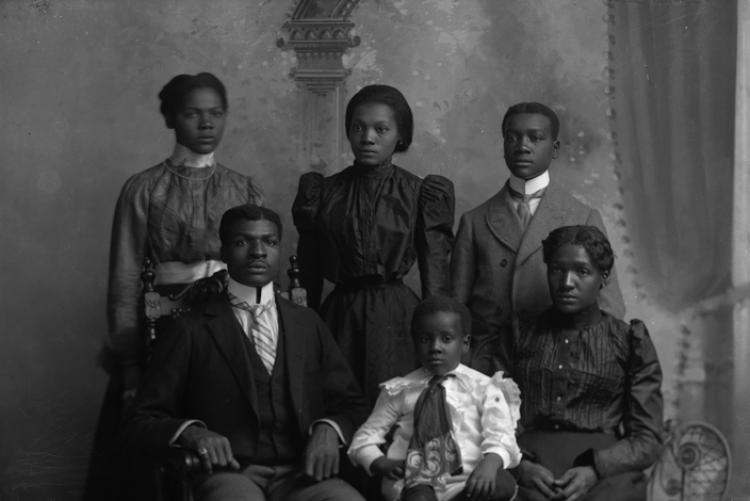 picture of Henry Allen Boyd and family