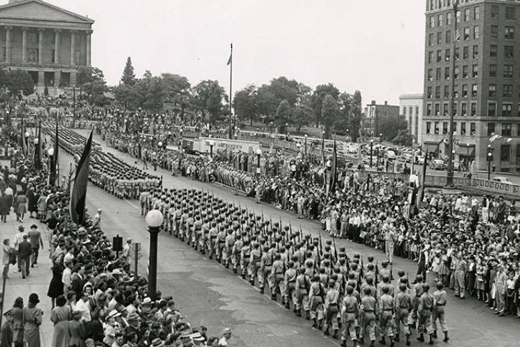 picture of World War II parade at State Capitol