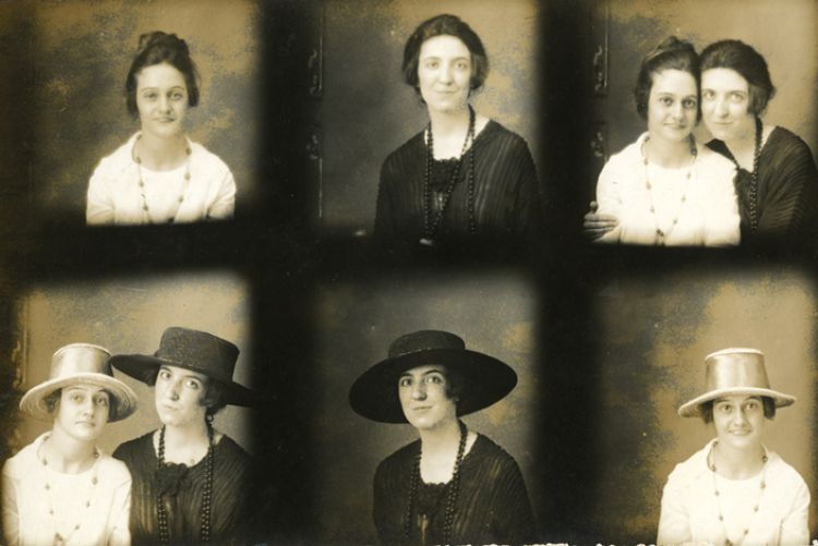 Margaret Croft (in black) with her sister Elise (in white) (Courtesy: Tennessee State Library and Archives)